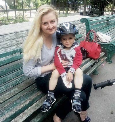 Слезы на глазах: Жестоко пытала родная мама: появились новые подробности о 6-летнего мальчика из Черниговщины