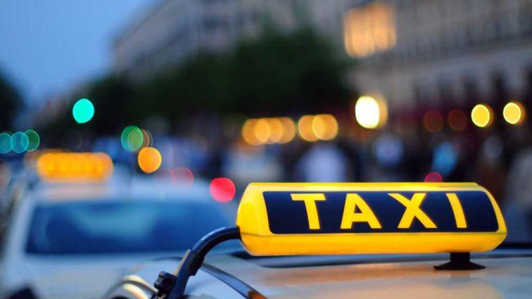 «7 км. за…». Таксист загнул такую цену за поездку, что аж волосы дыбом станут! Совсем обнаглели!
