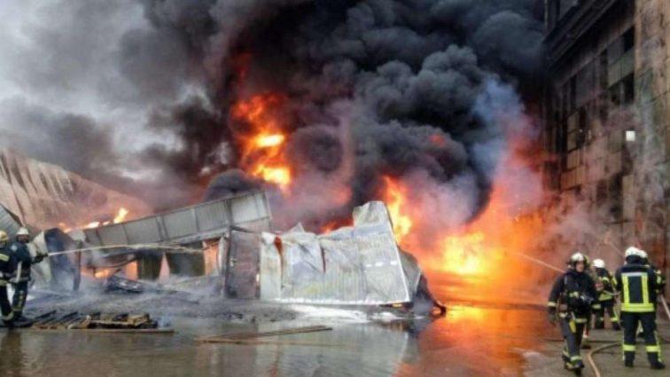 Там был ад!!! В Тернополе загорелся огромный завод с людьми, там ТАКОЕ творилось…