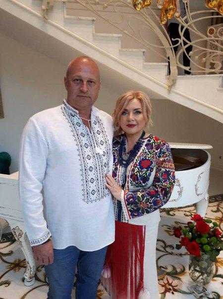 Все свои! В сеть попали шокирующие фото празднования дня рождения кумы Порошенко! Вы не поверите своим глазам (ФОТО)