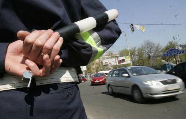 ВАЖНО!!! Стали известны 9 причин, по которым новые ГАИшники имеют право остановить водителя. МАКСИМАЛЬНЫЙ РЕПОСТ!!!