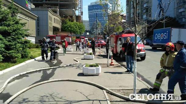 СРОЧНО!!! В центре столицы экстренно эвакуировали всех людей, причина наводит ужас на всю страну
