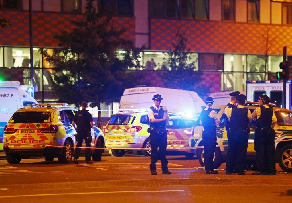 Вы будете в шоке !!! Террорист въехал в толпу на машине. Подробности шокируют!
