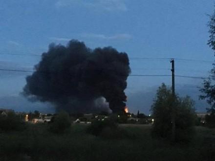 Срочно! Произошел масштабный пожар на известной мебельной фабрике! Там такое творилось …