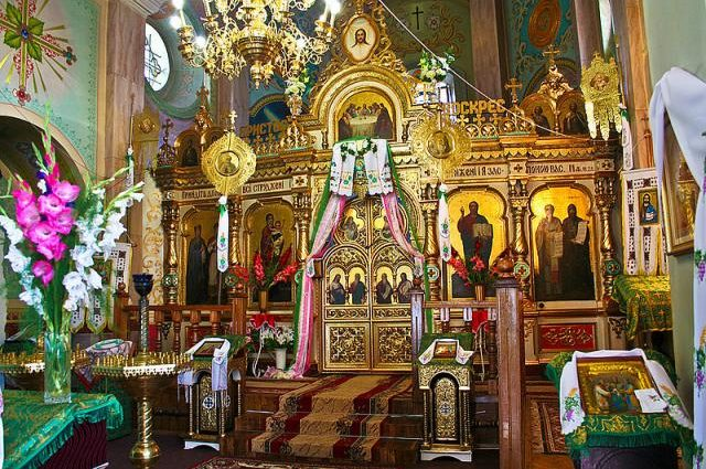 ВАЖНО!!! Священники предупреждают всех христиан: НИКОГДА больше не делайте этого в церкви, чтобы не мучиться потом всю жизнь