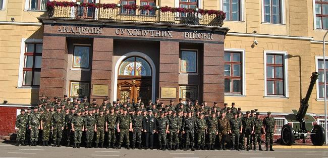 Как «жирует» Львовская академия сухопутных войск: рыба по 500 гривен за килограмм и мясо от подозрительного предпринимателя
