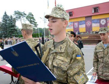 Даже Янукович себе этого не позволял! В условиях реальной войны во Львове хотят уничтожить Академию сухопутных войск. Об этом молчать нет сил!