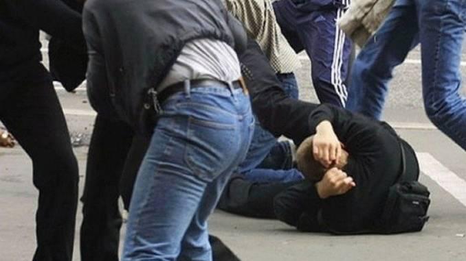 Когда закончатся эти реки крови? В Киеве очередная уличная драка! Которая закончилась драмой! Детали не для слабаков!