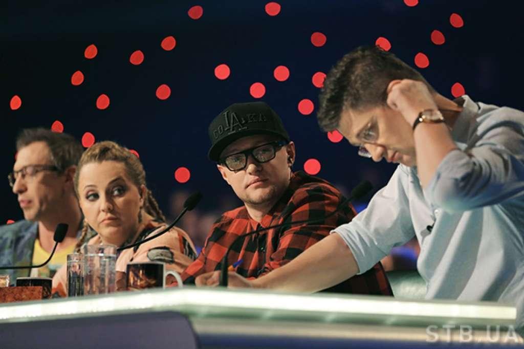 От НЕГО такого никто не ожидал!!! Любимый судья шоу «Х-фактор» подло предал Украину. От его слов язык отнимает