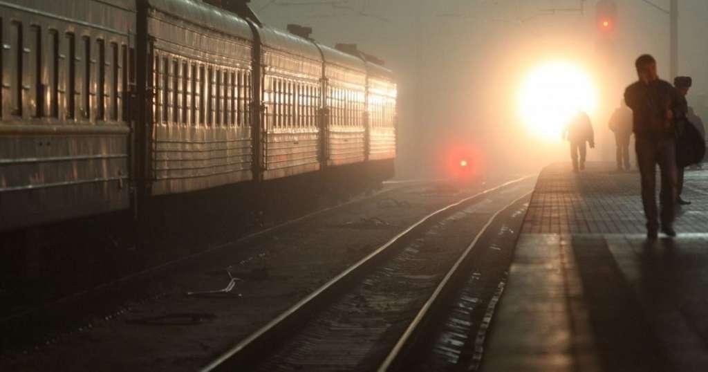 Настоящая беда: На Житомирщине подростки спрыгнули с поезда во время движения! Есть погибшие!
