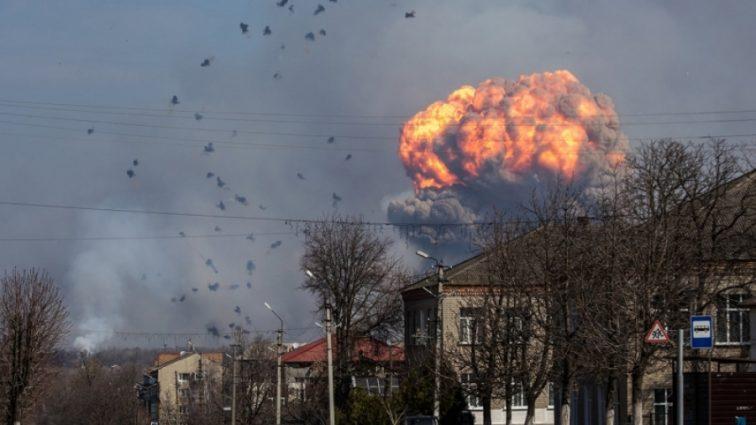 Что земля вздрогнула! Страшный взрыв на рынке! Погибло 10 человек, еще 60 пострадали! Детали доводят до истерики!