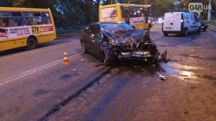 Там ТАКОЕ было!!! На Прикарпатье произошло жуткое смертельное ДТП, водитель был еще таким молодым