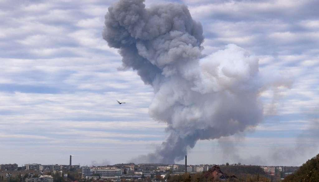 СРОЧНО! В Луганске прогремел мощный взрыв. Подробности поражают (ФОТО)