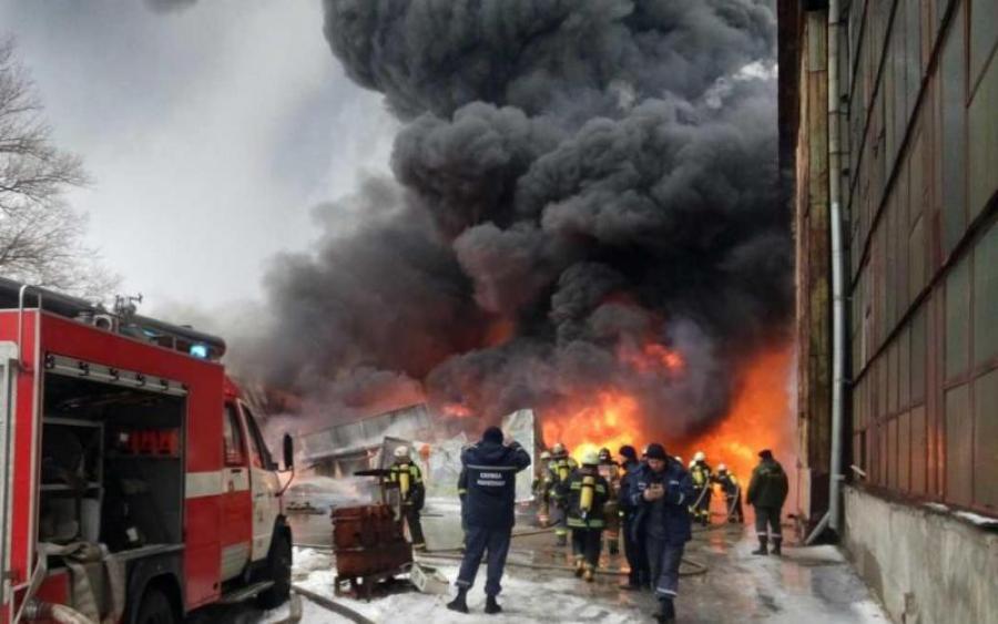Там настоящий ад !!! На Харьковщине сверхмасштабных пожар, есть пострадавшие