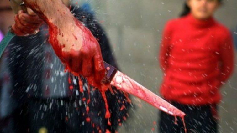 А муж стоит ?: Женщина напала с ножом на любовницу мужа прямо в постели. Детали только для самых стойких!