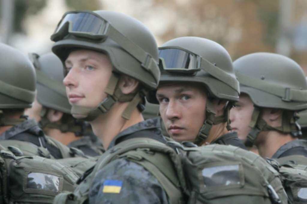 Порошенко подписал указ о проведении призыва граждан Украины. Узнайте кому паковать чемоданы!