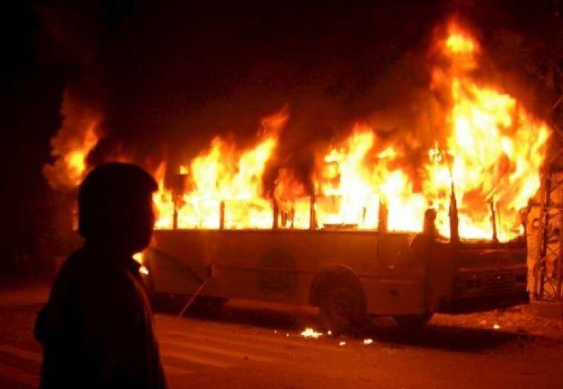 Там был просто ад: Пассажирский автобус загорелся как спичка. Подробности ужасают (ВИДЕО 18+)