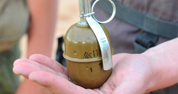 Известному депутату бросили гранату во двор. От подробностей становится жутко!