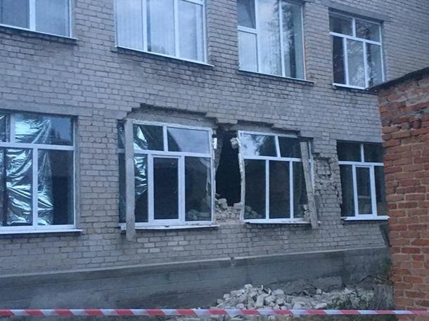 Одни руины: В Николаевской области обвалилась ШКОЛА! Три этажа сразу. шокирующие ФОТО