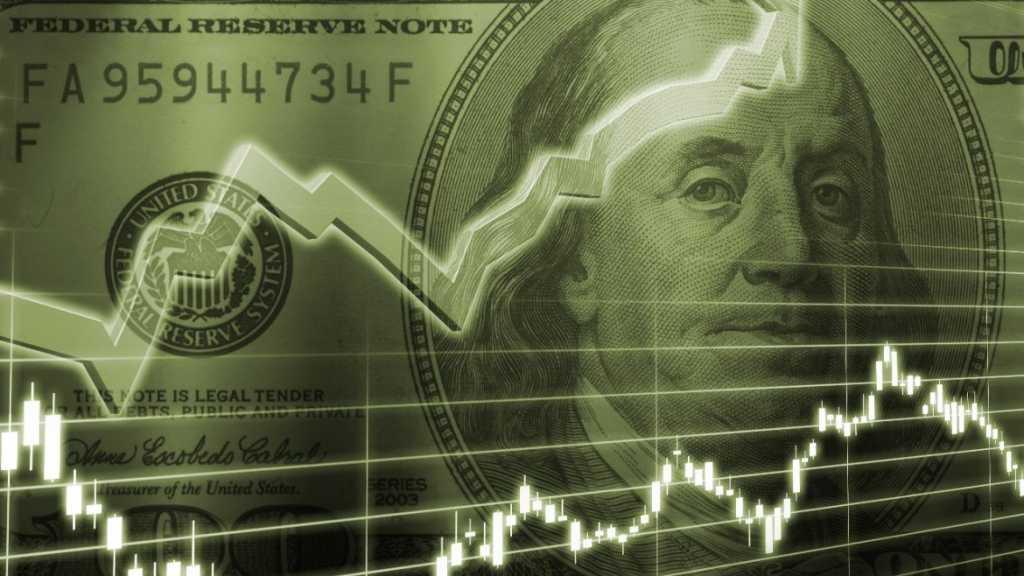 Покупать или сдавать? Эксперт шокировал курсом доллара и его перспективами