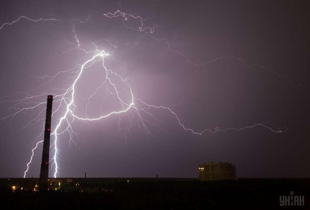 СРОЧНО! Синоптики объявили штормовое предупреждение. Три области в опасности. Детали потрясают