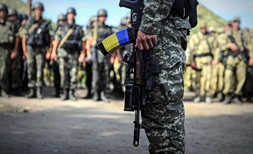 «Без права на отсрочку…» Президент Украины подписал указ о призыве. Готовы идти в армию?