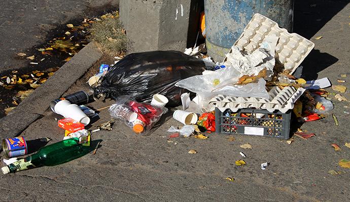 Желание «гадить» отпадет: Новый закон о мусорные штрафы сбивает с ног! Откуда такие цифры?