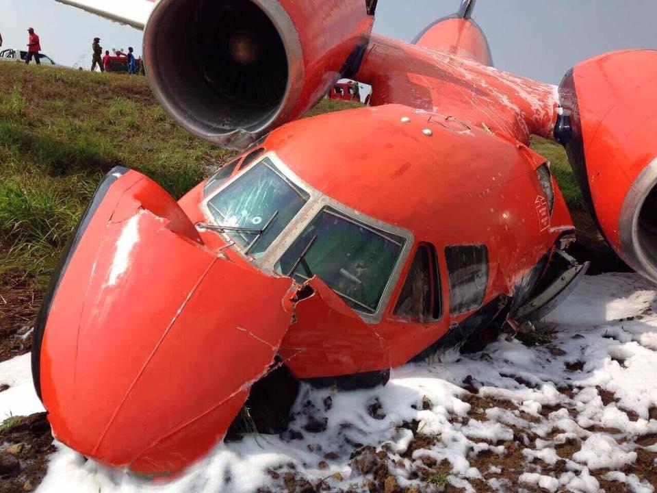 «Двигатель забился…» Упал украинский самолет. Подробности шокируют