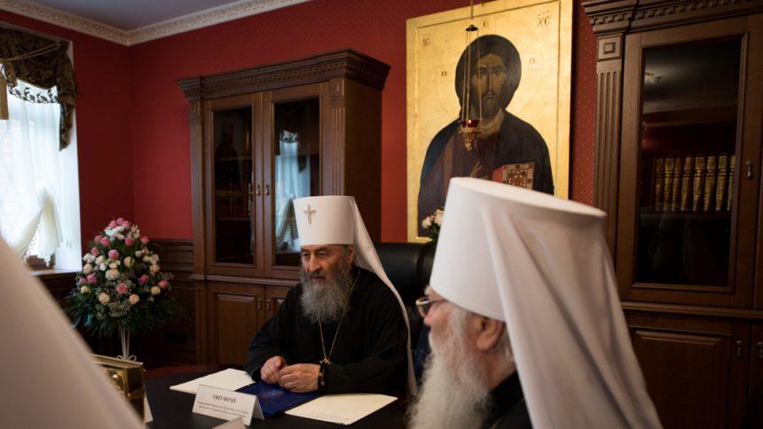 «Они это серьезно?»: Маразматическое заявление Священного Синода УПЦ МП всколыхнула Сеть. Такого вы еще не слышали!