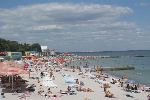 На популярном пляже Одессы подстрелили 2-летнего ребенка, еще ТАКОГО ужаса не было
