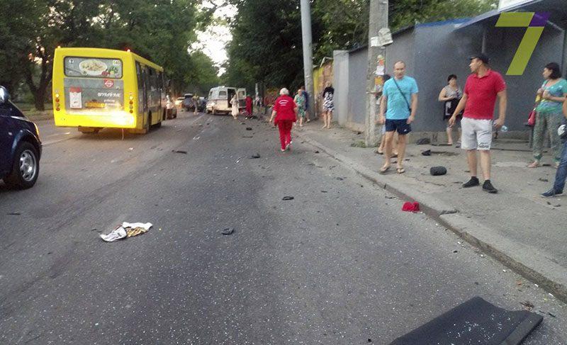 От нее осталась только обувь… В Днепре на перекрестке сбили женщину, там был ужас