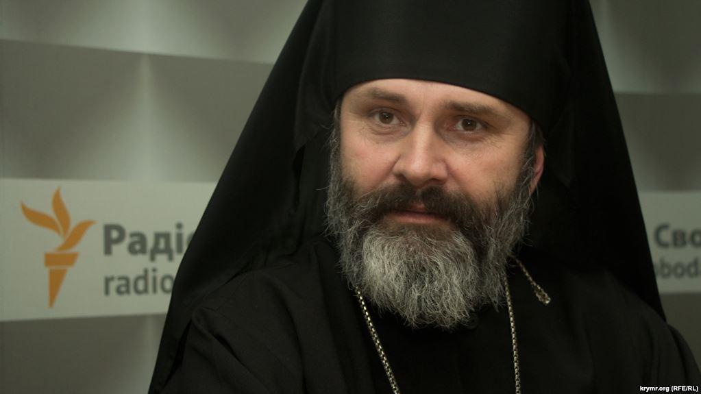 Невозможно сдержать слезы: украинский священник в Крыму совершил настоящий подвиг, такого никто не ожидал