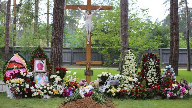 «Крышка багажника бьет покойника по голове»: всю Украину всколыхнул ужасный случай, то, как везли тело бойца АТО доводит до слез