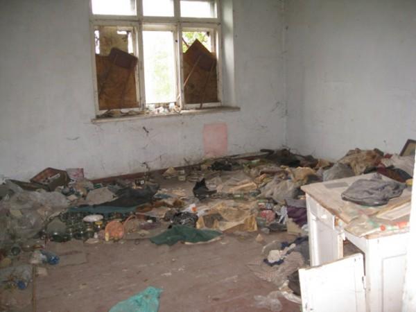 «Бомжатник»: киевская школа возмутила всех родителей своим плачевным состоянием. Такого обидранства вы еще в жизни не видели