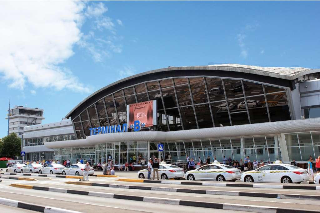 В аэропорту «Борисполь» поймали наглого преступника, то, что он делал разгневало всю страну