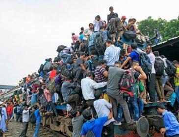 Приходится ездить в туалете! Какие адские муки устроила Укрзализныця пассажирам популярного направления. Условия шокируют