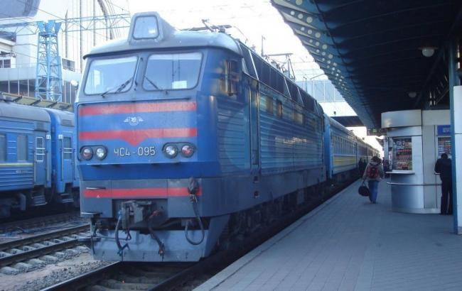 «Мокрая» Укрзализныца»: В Сети активно обсуждают нечеловеческие условия в поездах. Это УЖАС