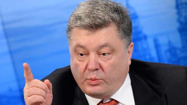У Порошенко сообщили сенсационные причины лишения Саакашвили гражданства. Разве не маразматически?