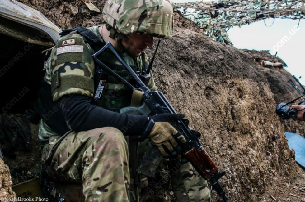 «Посмотрите с чем мы воюем ..»: Видеообращение бойцов АТО к президенту Украины шокировало всю Сеть