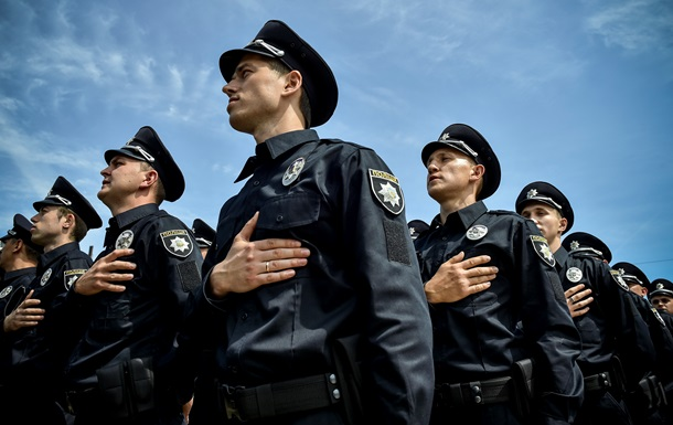 «Пойду с полиции»: стали известны шокирующие факты почему полицейские массово увольняются во всех регионах Украины, все пропало…
