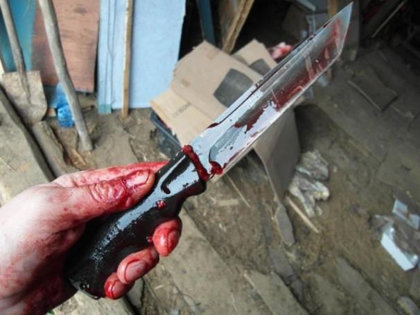 «Кровь фонтаном»:В Одессе мужчина жестоко зарезал своего товарища. Детали шокируют
