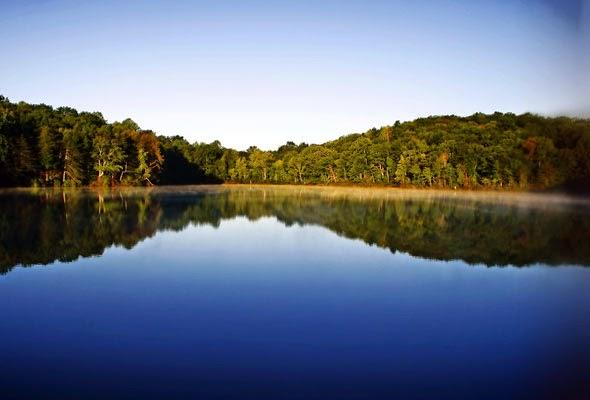 БУДЬТЕ ОСТОРОЖНЫ! В озере на Львовщине выявлено опасную находку!