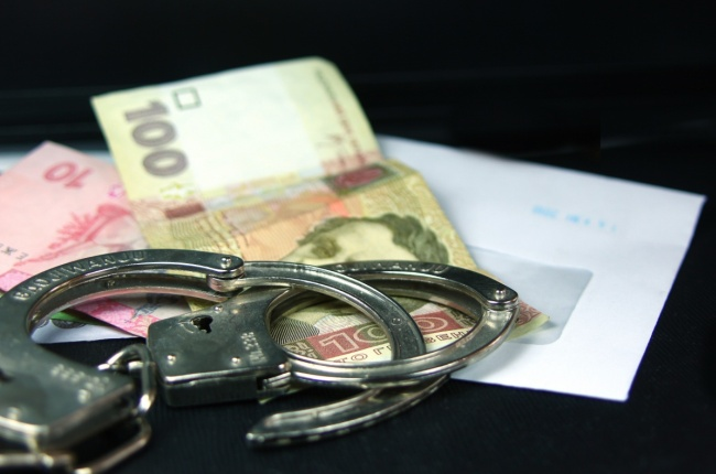 «Вот вам и Европа»: Во Львове на взятке погорел работник миграционной службы. По биометрический паспорт он требовал огромные деньги!