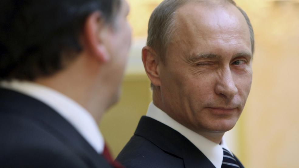 «В императоров таких хором не было»: В Сети появились первые фото роскошной дачи Путина. Держите челюсть обеими руками