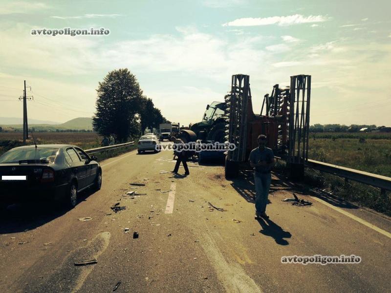 Месиво: Страшное ДТП со многими пострадавшими произошла возле Полтавы. Микроавтобус на полной скорости влетел в …