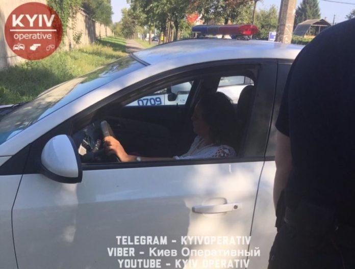 Бутылочка пива ?: Как пьяная судья за рулем автомобиля поставила на уши улицы столицы. Где их набрали!