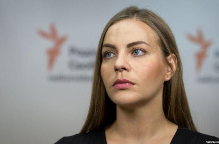 Украинские должно быть стыдно! Нардеп рассказала потрясающую информацию об отношении американцев к России.