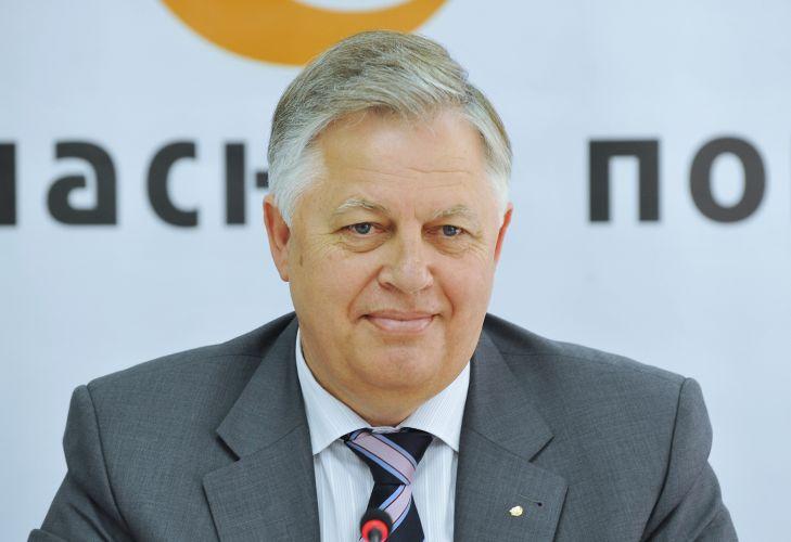 Что же он делает в «гнилой» Европе? Петра Симоненко поймали в… Только посмотрите, где отдыхает главный коммунист Украины