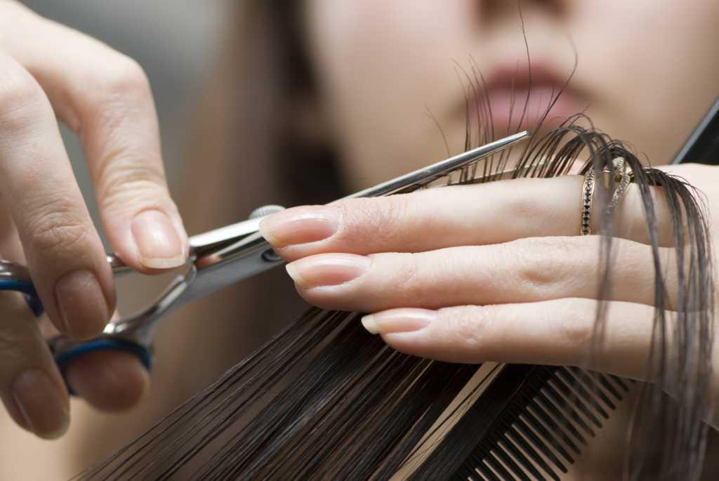 «Неудачная прическа…» То, что совершили с парикмахером, шокировало всю Украину. Подробности пугают