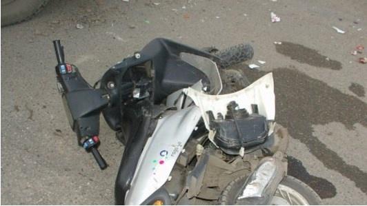 Страшная трагедия в День Независимости Двое подростков на скутере слетели с дороги и … Там был ад